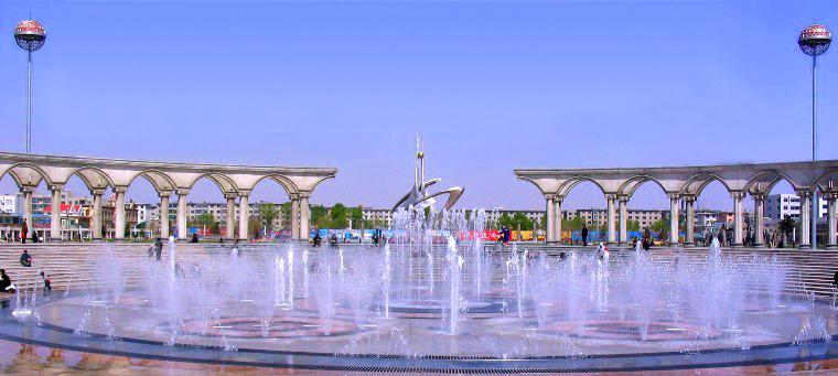 开原广场――音乐喷泉