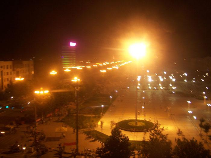 [原创]夜色下的糖城广场