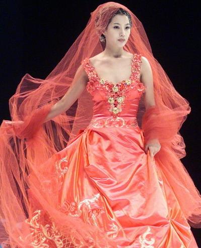 韩国第一美女金喜善十月大婚