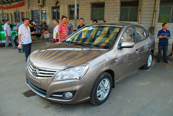 北京现代悦动牌新款出租车