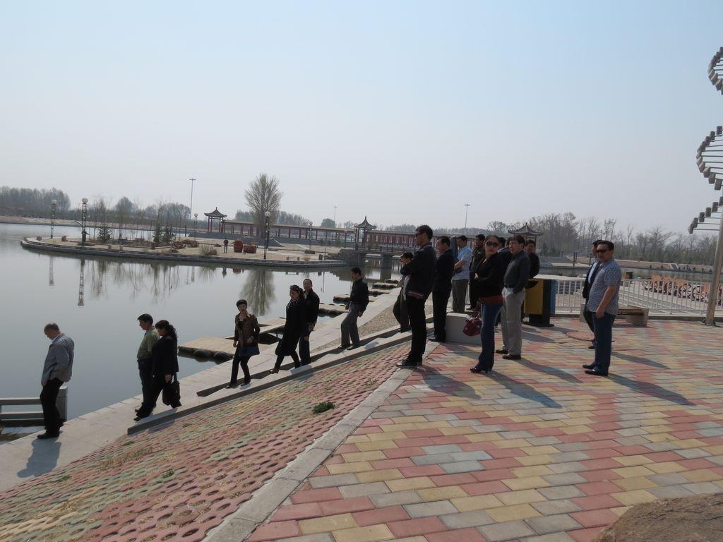 正蓝旗组团赴西乌,东乌旗考察创卫工作